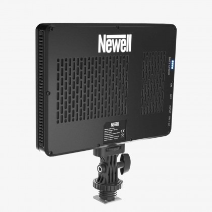 Newell LED320i LED Video Light 5500K with Built in 2x 4000mAh Battery